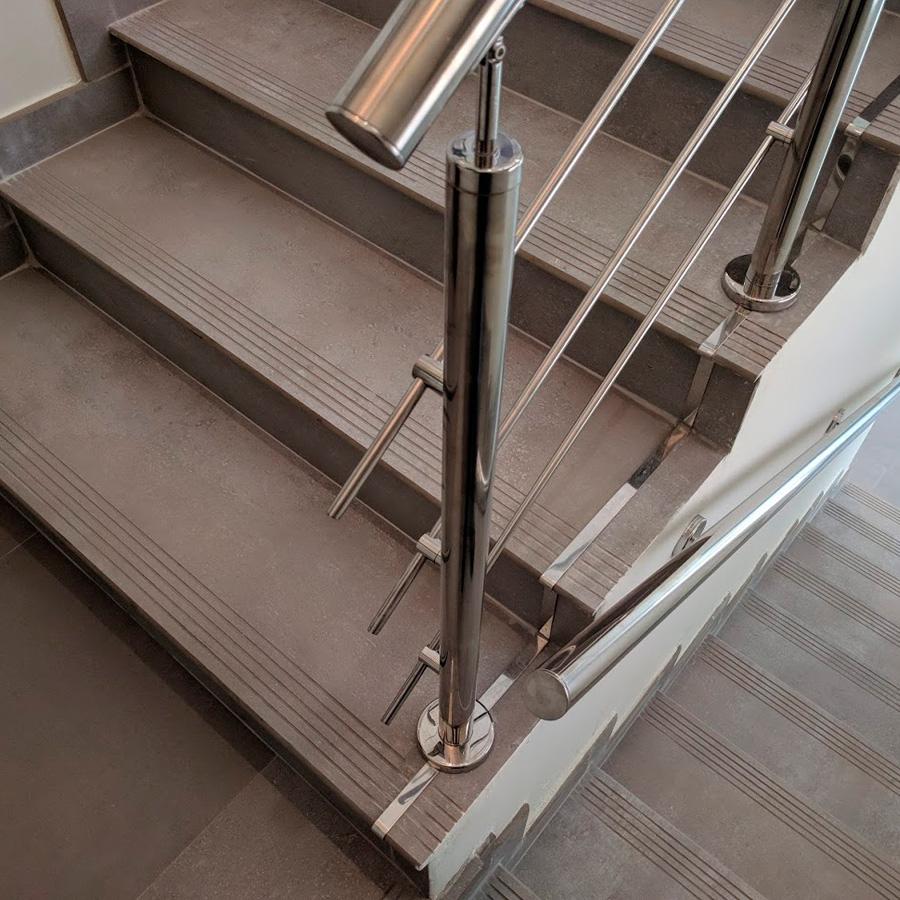 seguridad-laboral-escaleras